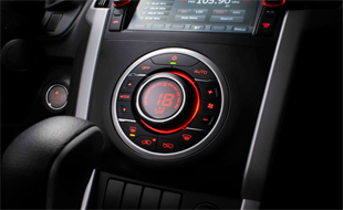 dmax-interior-automatic-climate-control